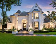 31 Wood Cove Drive, The Woodlands image