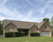 6005 Forest Ct, Greenbrier image