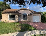1251 Sw 86th Ave, Pembroke Pines image