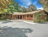 211 Pidgeon Hill, S. Huntington image
