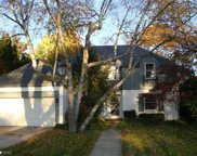 532 LAKELAND, Grosse Pointe image