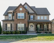 1398 Round Hill LN, Spring Hill image