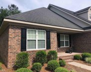 122 Lakeview Commons Dr, Statesboro image