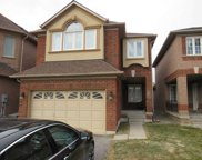 68 W Sylwood Cres, Vaughan image