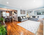 3674 Collector Ln, Bethpage image