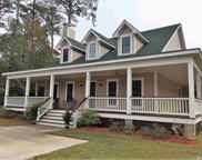 206 Brakewood Road, Manteo image