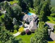 13375 Crescent Road, Surrey image