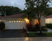 830 Garnet Cir, Weston image
