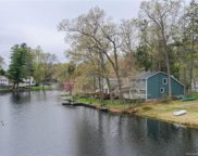 84 West Shore  Drive, Enfield image