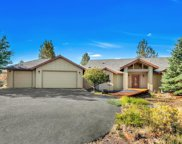 17550 Mountain View, Sisters image