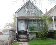 4226 W Walton Street, Chicago image