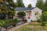 4220 SW 104th St, Seattle image