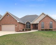 7128 Pleasantdale Drive, Countryside image