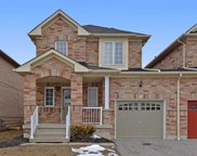 136 Fencerow Dr, Whitby image