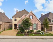 651 The Lakes Boulevard, Lewisville image