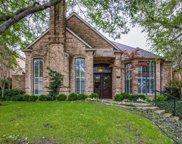 6 Grovenor Court, Dallas image