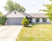 5473 Kelly Anne  Way, Noblesville image