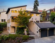 317 Queen Anne Dr, Seattle image