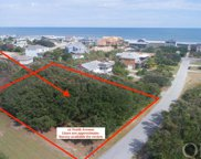 12 Tenth Avenue, Southern Shores image