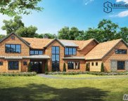 6 New Ground Ln, Water Mill image