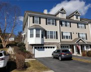 8 Putters Way, Middletown image