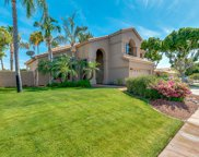 1825 E Monarch Bay Drive, Gilbert image