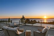 8260 Northrop Place SW, Seattle image