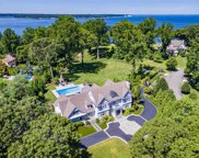 300 Old Orchard Ct, Northport image