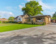 3827 W Fitch Avenue, Lincolnwood image