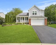 1100 Adrienne Drive, South Elgin image