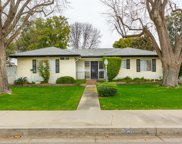 658 Sycamore Ave, Shafter image