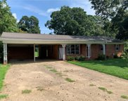 2925 Eastway  Drive, Statesville image