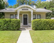 564 S Castell Ave, New Braunfels image