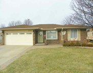 13921 White Cap Dr, Sterling Heights image