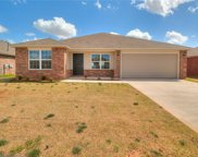 1004 N Trappers Court Way, Mustang image