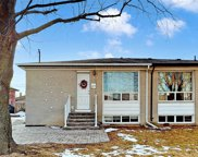 322 Dovedale Dr, Whitby image