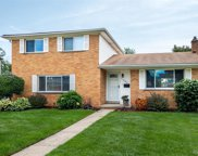 11284 Diamond Dr, Sterling Heights image