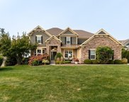 7521 Beacon Court, Chanhassen image