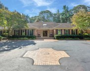 10 Laurel Woods Dr, Upper Brookville image