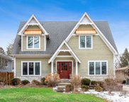 4927 Stonewall Avenue, Downers Grove image