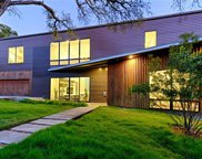703 Kessler Woods Trail, Dallas image