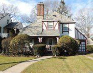 92 Forestdale  Road, Rockville Centre image