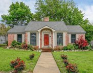 3637 Country Club Circle, Fort Worth image