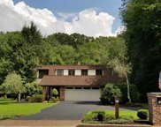 359 Hillview Terrace, Franklin Lakes image