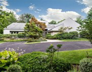 5 Winding Ln, Upper Brookville image