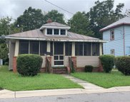 107 N Division Street, Central Suffolk image