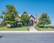 7233 Fountain Valley, Bakersfield image