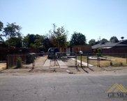 2321 wilshire, Bakersfield image