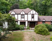 9 Beacon Hill  Road, Middlebury image