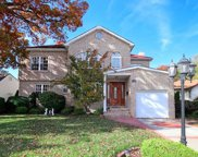 1639 Carla Ln, East Meadow image